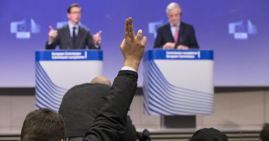 Press conference by Michel Barnier on the transition period.