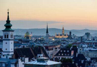 Austrians abroad seek to overturn dual citizenship ban